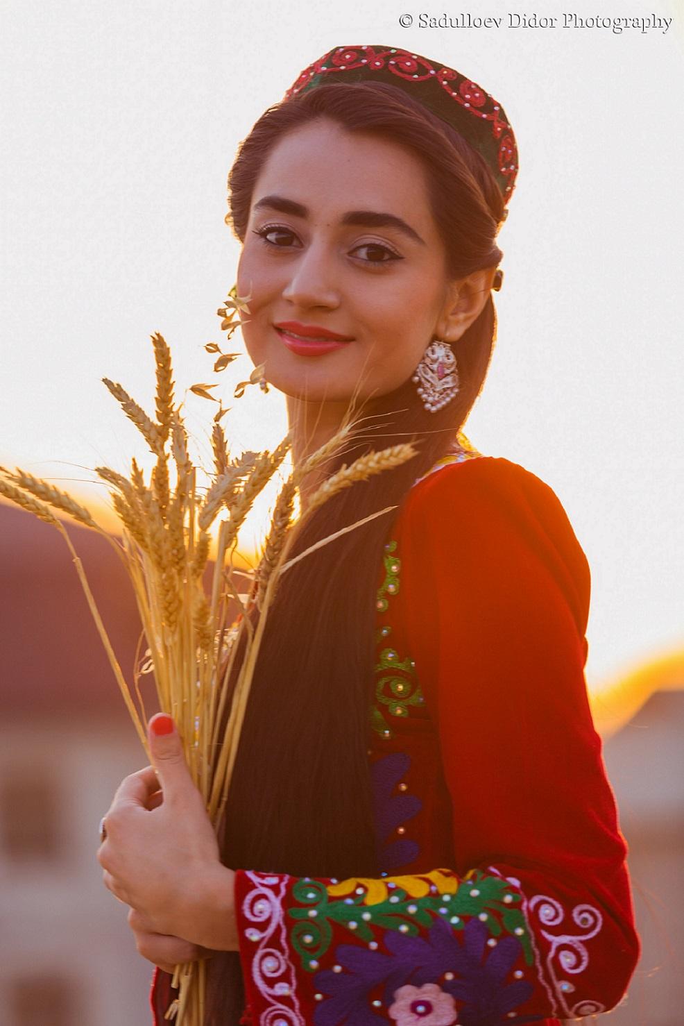 Фото красивых девушек таджикистана 5 фотография