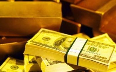 Объем золотовалютных запасов Таджикистана за полгода сократился почти на 7%, составив $448 млн.