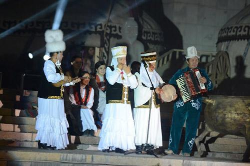 Кыргыз бийи (8)