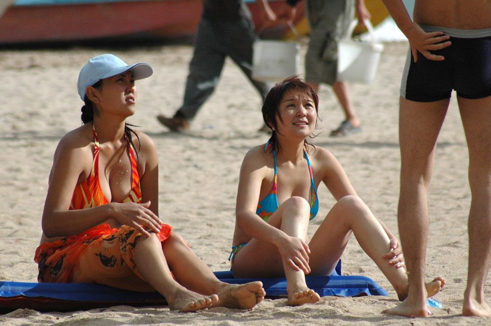 Секс видео девочки на пляже