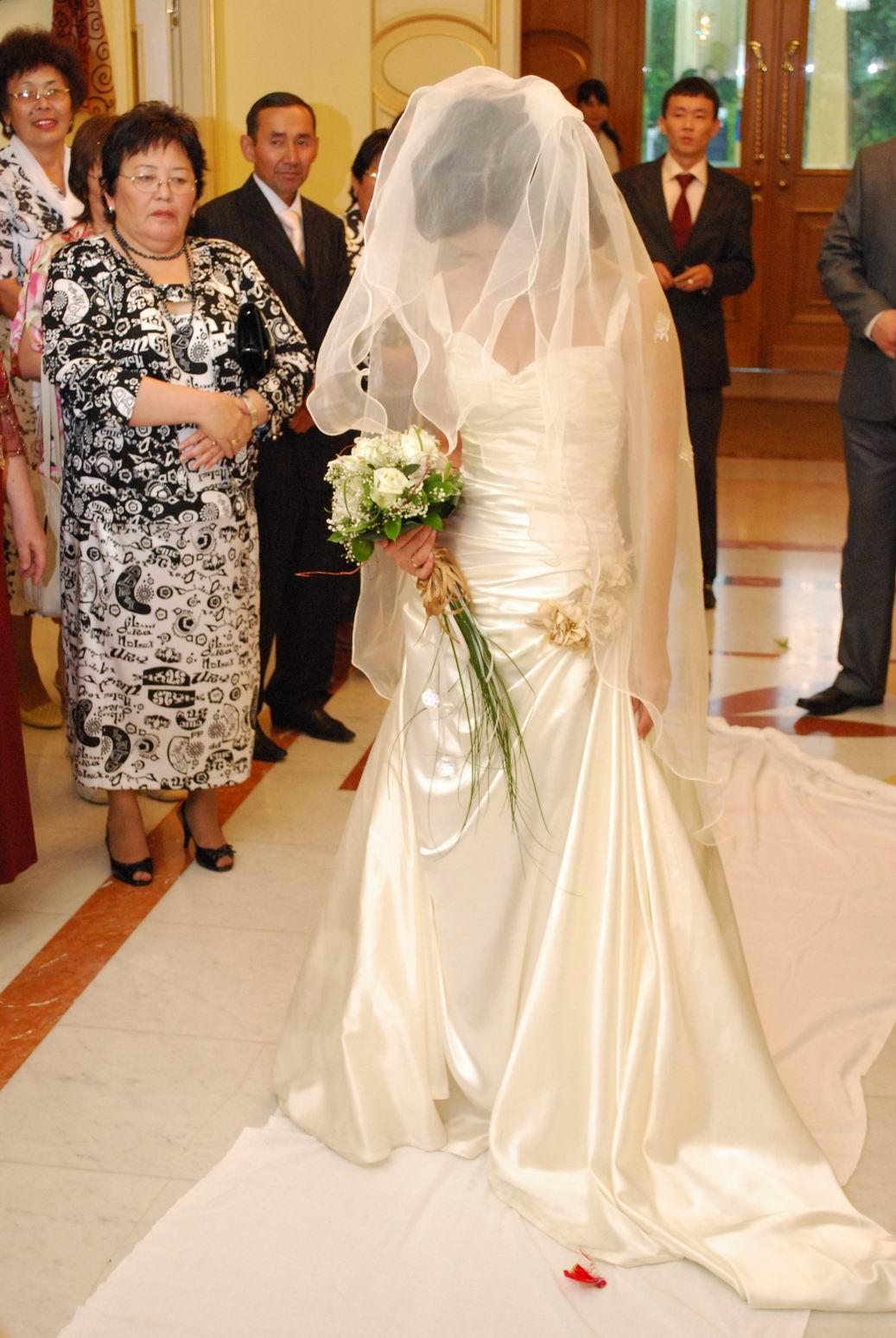 Казахские свадебные платья фото 1