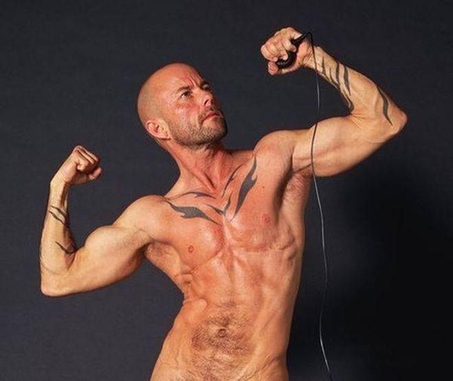 Смотреть транссексуалов ебущих мужиков 7 фотография