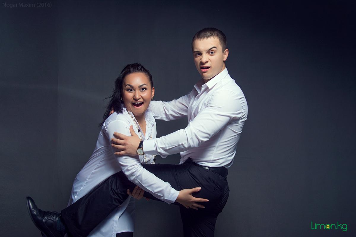 Супружеские пары встретились чтобы сыграть в эротические игры 5 фотография