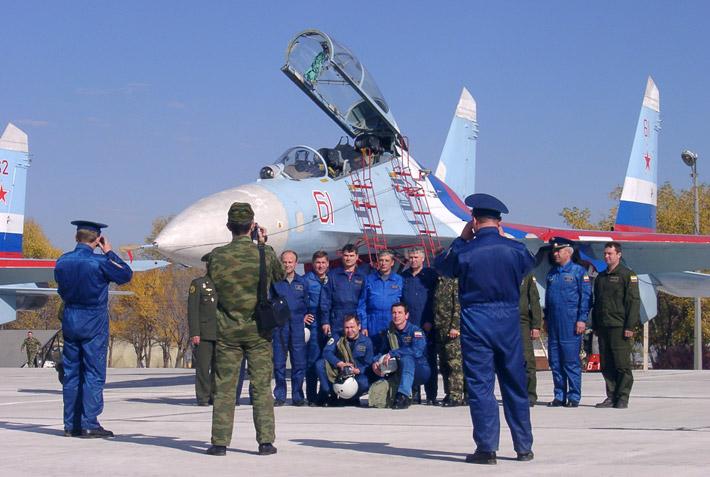 Открытие авиабазы в Канте 2003 (16)