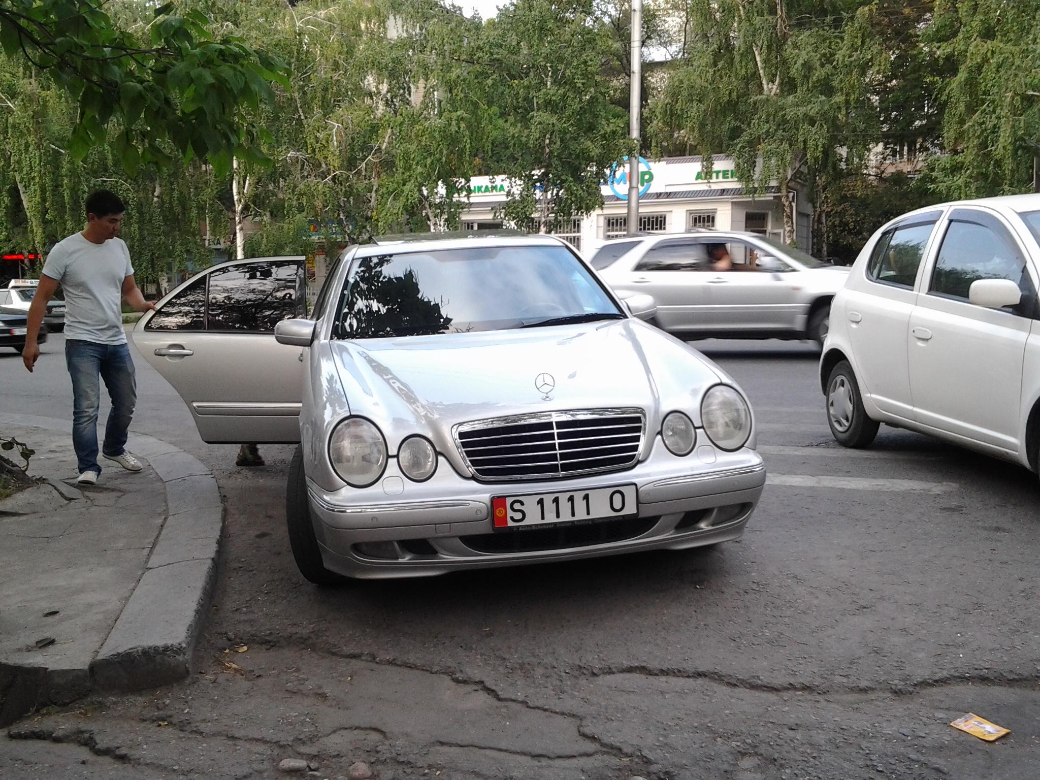 Крутые номера на машину фото: http://genautof.ru/post.php?id=19448