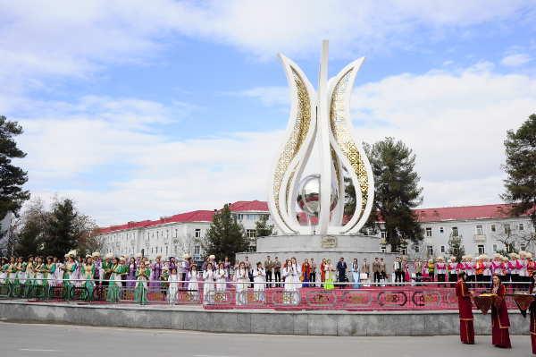 http://static.akipress.org/127/.storage/runews9/images/Turkmenistan/71947b62eed45b8b775ee2ad549a05b8.jpg
