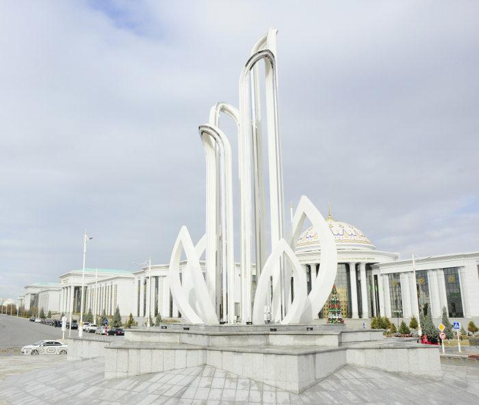 http://static.akipress.org/127/.storage/runews9/images/Turkmenistan/c8b1959865e5127990b800b909e9483a.jpg