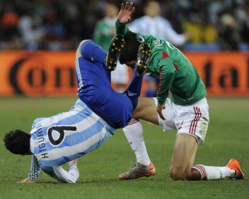 футбол товарищеский