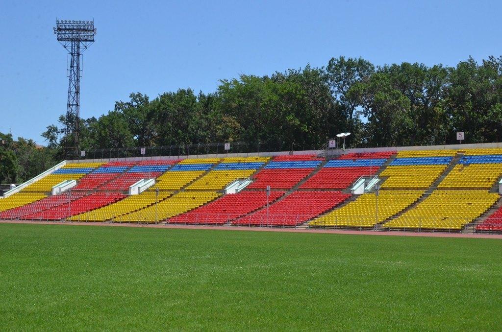 http://static.akipress.org/127/.storage/sport/images/futbol/Sbornaya-KP/ChM-2018/Remont_stadiona/30_iunya/522490622462a547f8d3c04f244f8ab8.jpg