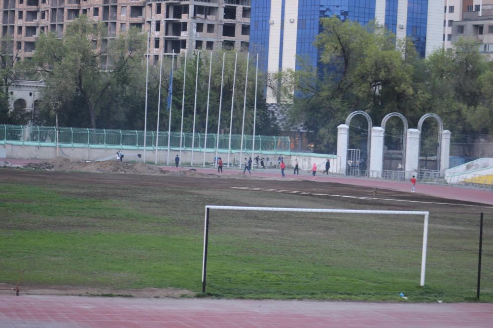 http://static.akipress.org/127/.storage/sport/images/futbol/Sbornaya-KP/ChM-2018/Remont_stadiona/30_marta/289d5f25b79fc18b5272e5cbb47242f8.JPG