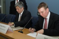 During the meeting, a programme for cooperation between the Foreign Ministries for 2015-2017 was signed.