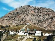 Sacred mountain of Tsetserleg Zayin Horee<br />