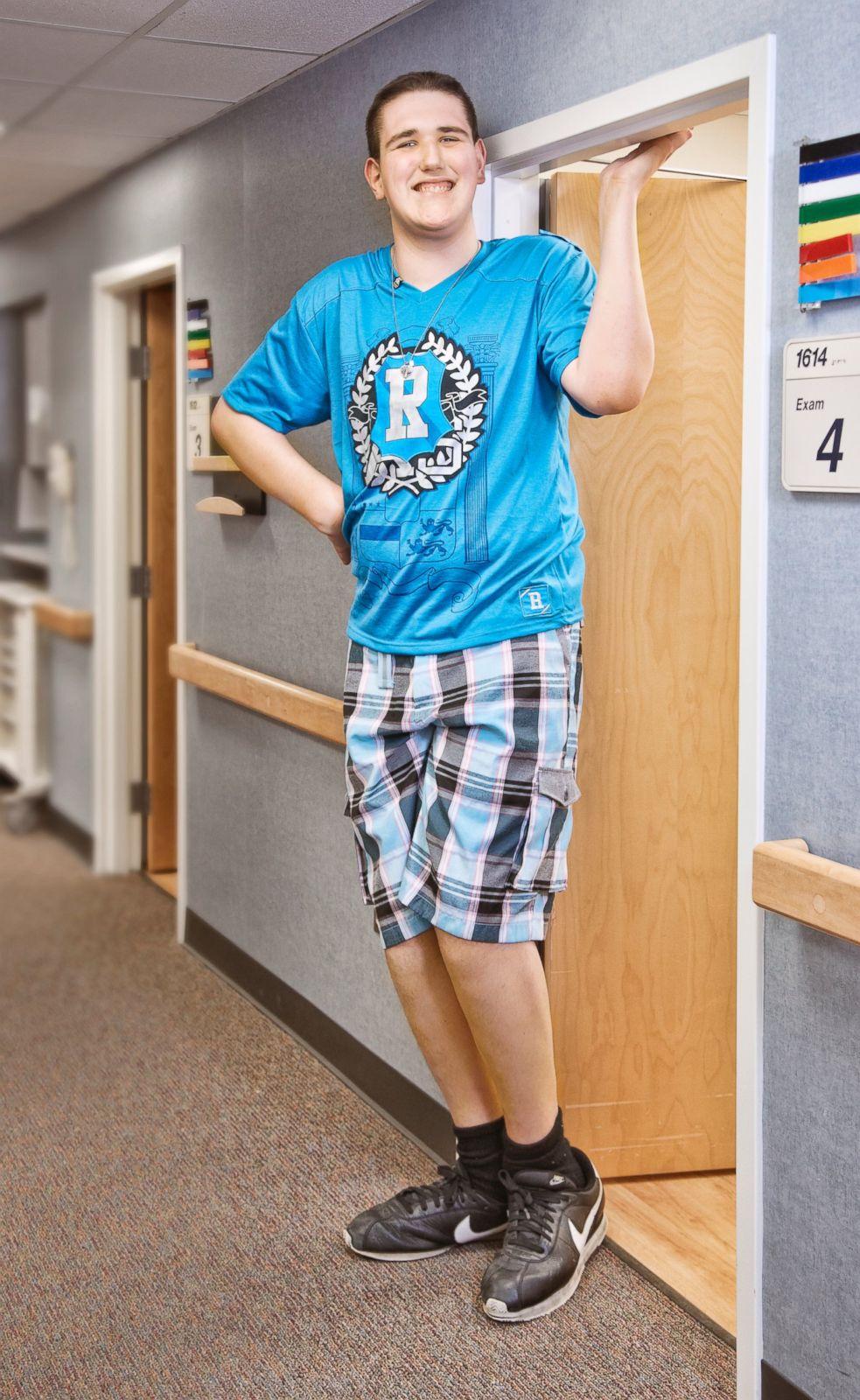 Фото ног подростков 1 фотография
