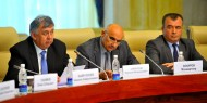 The sides exchanged suggestions on intensification of the Kyrgyz-Tajik border delimitation and demarcation process, maps and schemes of the Kyrgyz-Tajik state borderline following the talks.<br />