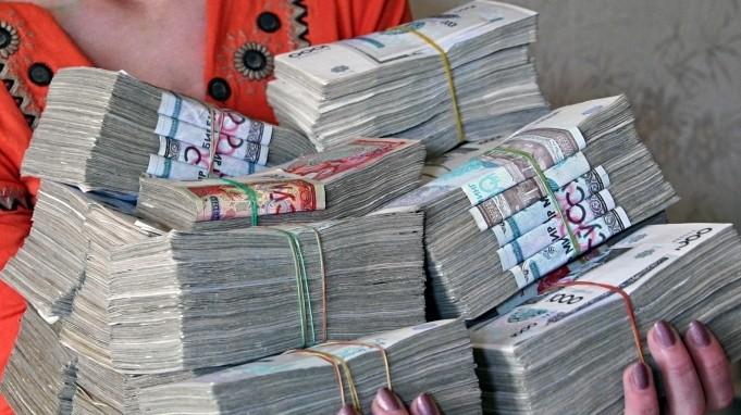 Ташкент впервые объявил обменный курс узбекского сума к таджикскому сомони