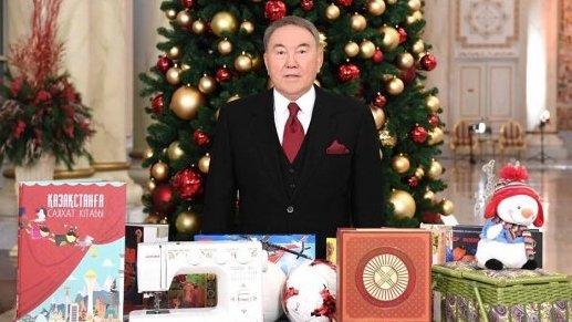 Президент Казахстана исполнил желания трех школьников