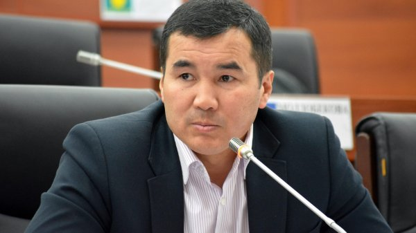 СМИ Турции: Текебаев сталкивался наКипре сБакиевым