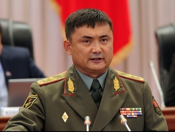 Дело прежнего министра обороны Омуралиева передано всуд