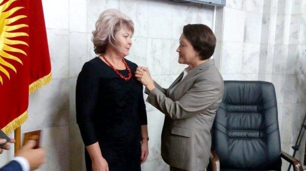 Ирина Карамушкина принесла присягу депутата парламента