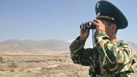 Сообщается острельбе накыргызско-таджикской границе