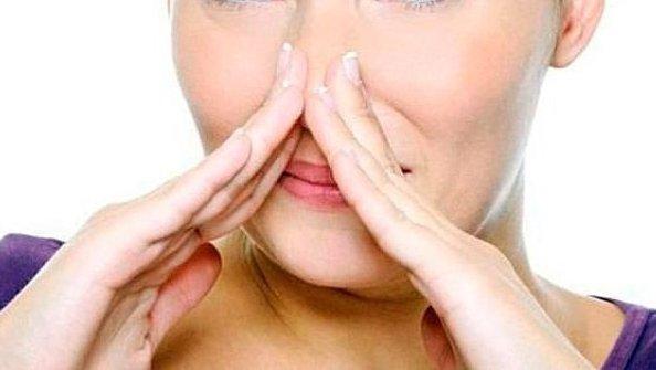 Врачи назвали самые опасные запахи тела