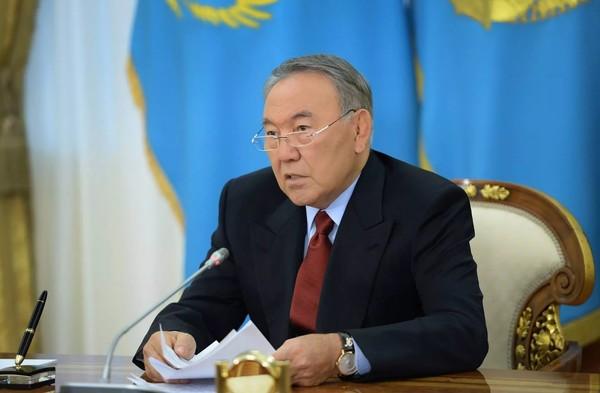 Назарбаев: Не можешь платить - не бери кредит (видео)
