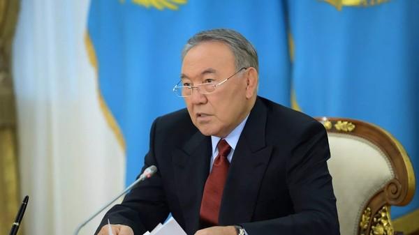Назарбаев о банковской системе Казахстана: Нам не нужно 30-40 банков в стране, обойдемся 5-10