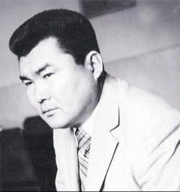 В Кыргызском драмтеатре пройдет вечер памяти писателя К.Бобулова
