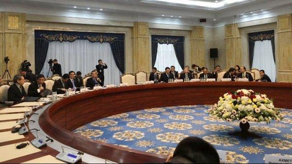 Медведев проведет встречу спремьером государственного совета Китайская народная республика