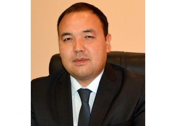Бакытбек Адылов освобожден отдолжности руководителя Госслужбы миграции