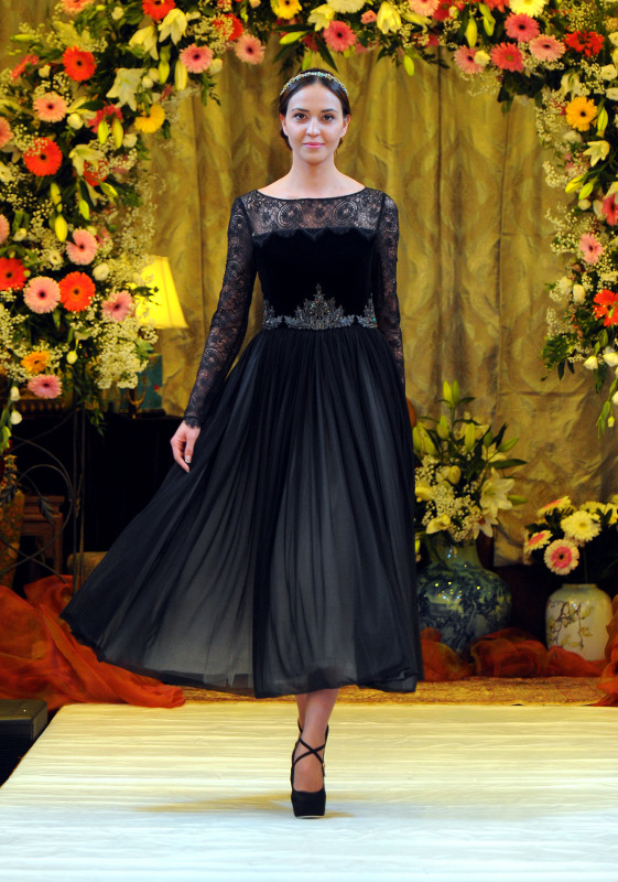 Национальное вечерний платье