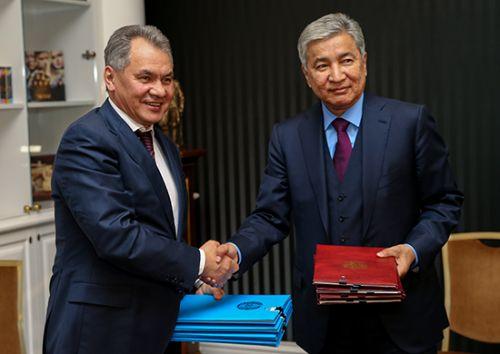 министры оброны РФ и РК