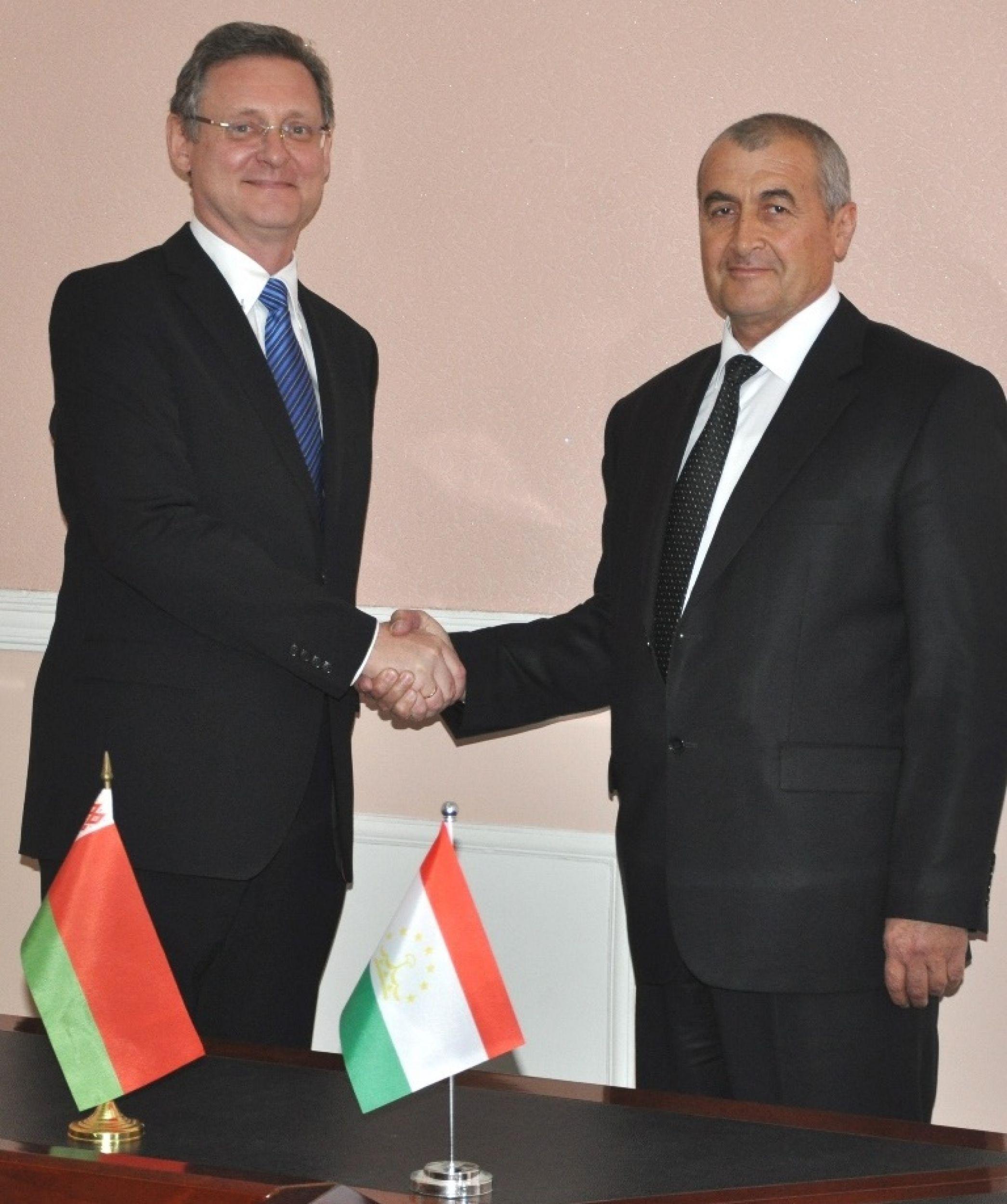Беларусь выразила готовность обеспечить агропромышленный комплекс Таджикистана сельхозтехникой и оборудованием