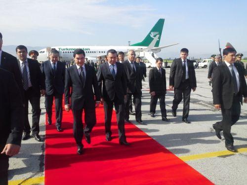 президент Туркмении в Душанбе-3