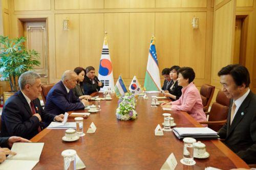 Корейская строительная компания построит завод по производству олефина в Узбекистане