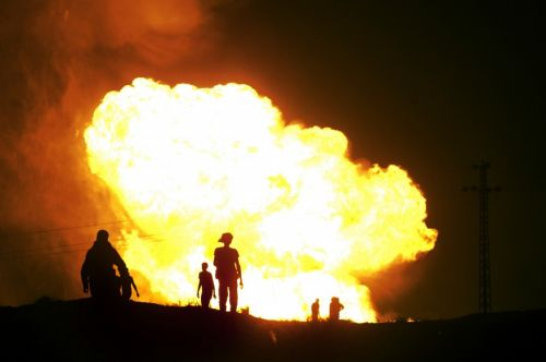 ap_egypt_gas_pipeline_explosion_12Jul11-878x583