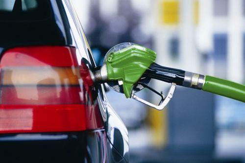 В Ташкенте вновь наблюдается дефицит бензина