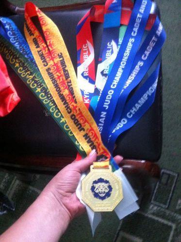 Медали2