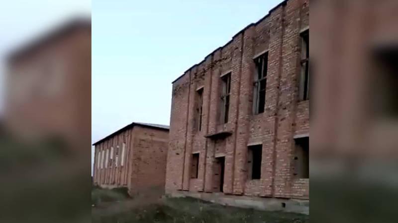 Когда завершится строительство корпуса школы имени И.Укубаева в селе Садовое?
