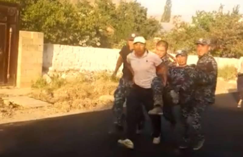 Видео с места инцидента на кыргызско-таджикской границе