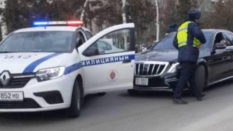 В Бишкеке устроили погоню за тонированным «Мерседесом». Видео