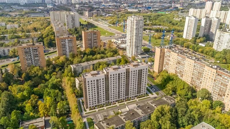 Кыргызстанец, находящийся в России, просит власти помочь оплатить квартплату тем, кто остался без работы