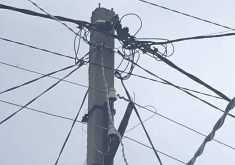 Светильники в переулке Ала-Тоо были сняты на ремонт. Освещение будет восстановлено