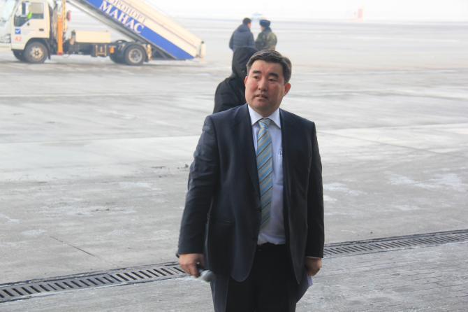 Резюме нового директора Агентства гражданской авиации КР Эрмека Омуралиева - Tazabek