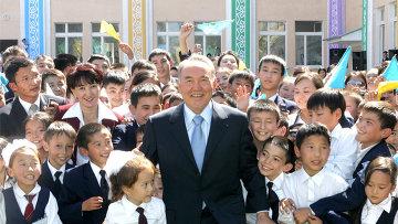 Президент Казахстана написал письмо 10-летнему алматинцу