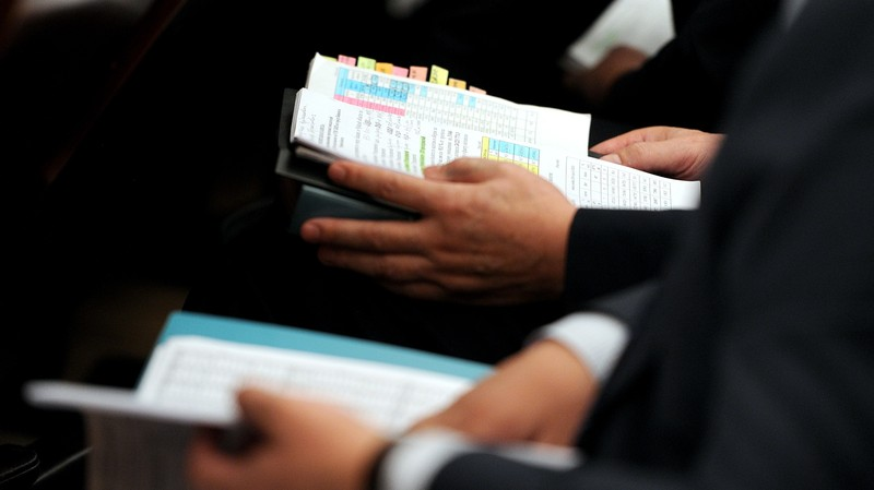 Папка для руководства — что еще закупало «Северэлектро» с начала года? (компании, руководители)