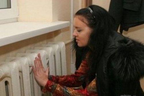 В роддомах Узбекистана нет газа и света, а младенцы синеют от холода, - СМИ