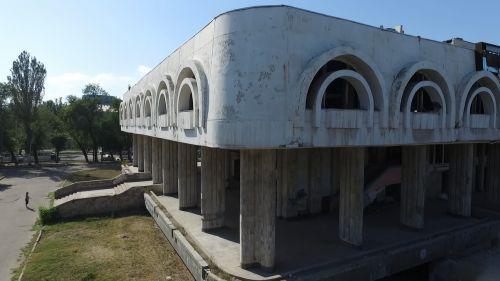 С высоты птичьего полета — Каково будущее бывшего ресторана «Нарын» в центре Бишкека?