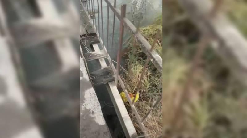 В Иссык-Атинском районе мост, соединяющий два села, в аварийном состоянии (видео, фото)