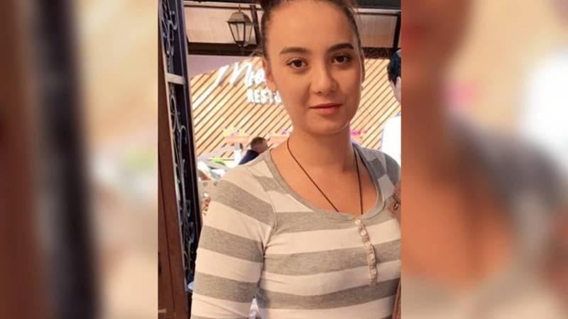 Внимание, розыск! В Бишкеке пропала 18-летняя Акмаанай. Фото